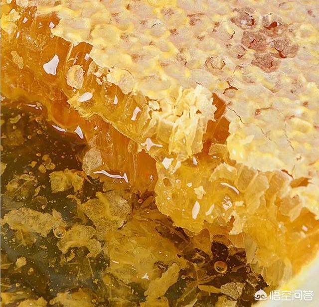 很多人说蜂蜜有各种功效,这些功效和蜜蜂采的蜜来自于什么花有关系吗?
