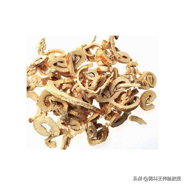 桑树浑身是宝,桑枝,桑叶,桑白皮桑叶和桑根有什么作用。是常用的中药,你知道桑葚有什么功效吗?