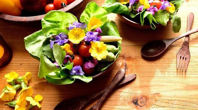 哪些野菜在关键时刻可以救你一命?