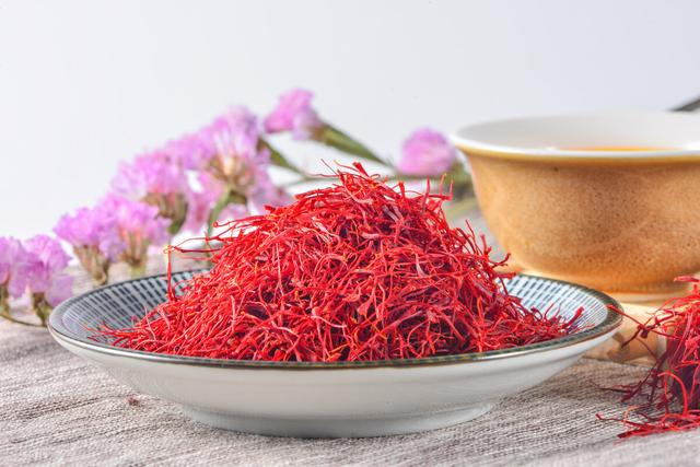 藏红花和红花的区别,平时能泡水喝吗?藏红花你想知道的6大问题