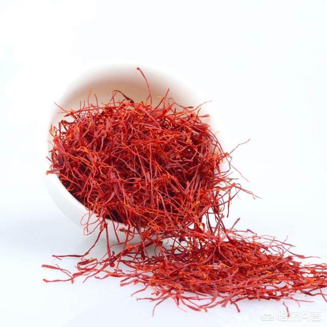藏红花的功效是什么红蓝草药有什么功效?哪些人适合吃?