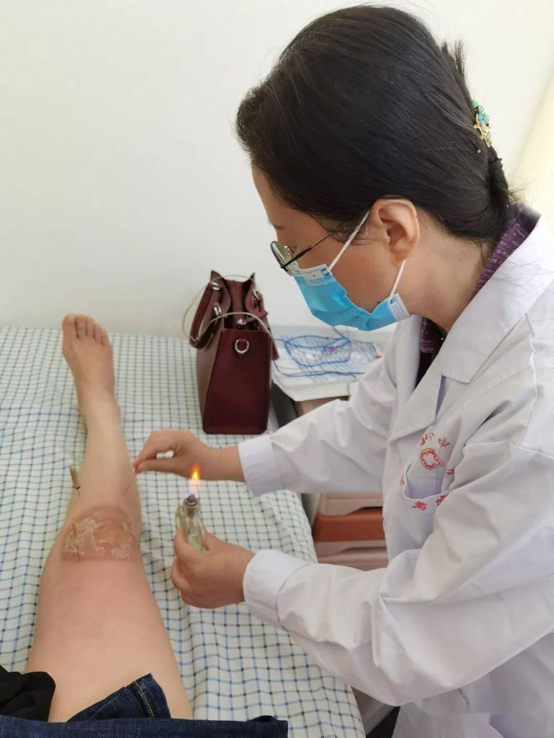 手臂手腕针灸后遗症,针灸扎到神经有危险吗