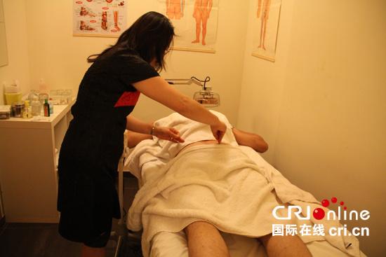 腰上针灸为什腿那么麻,腰突腿脚麻怎样治疗