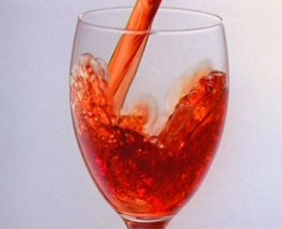 枸杞在药酒里有作用吗,枸杞酒的功效与作用